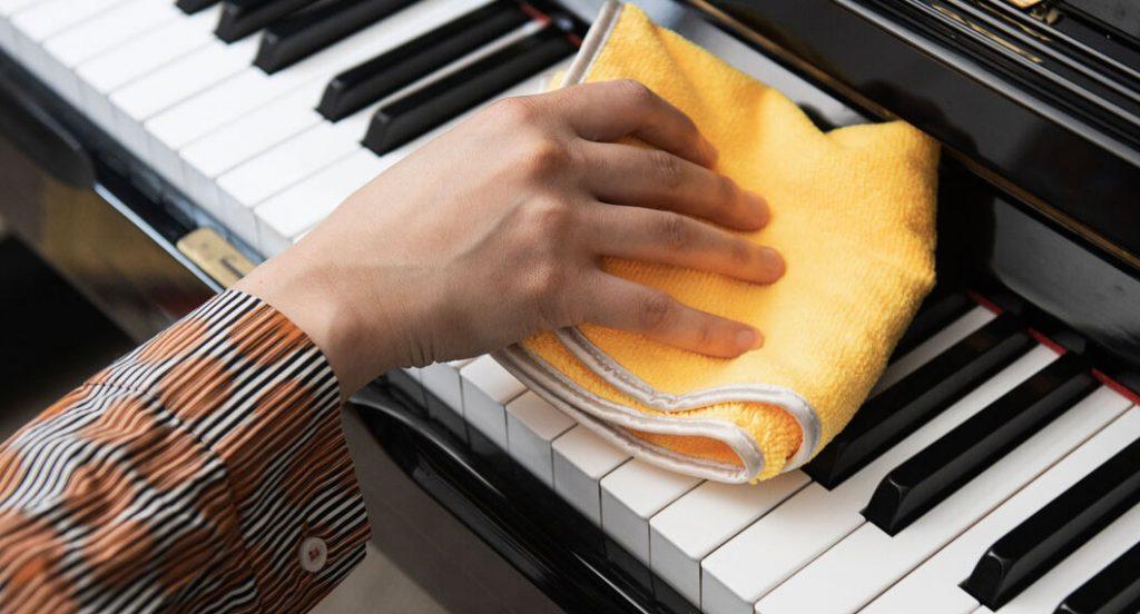 Czyszczenie pianin cyfrowych?